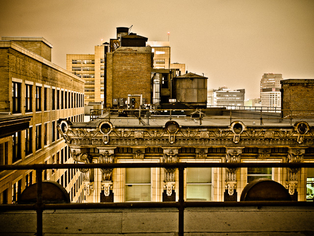 The Rosslyn Rooftop - © 2012 Dana Hursey Photography