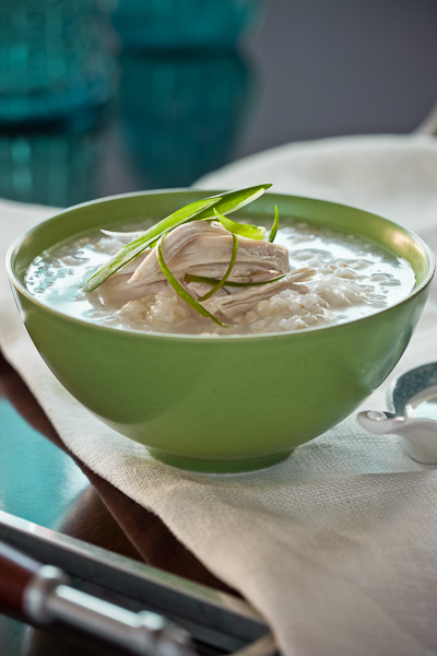 Photo of a bowl of Chicken Congee
